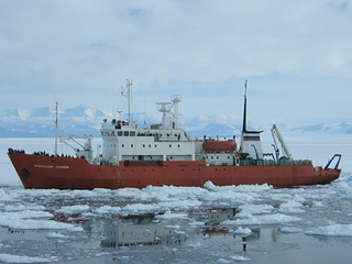 """Spirit of Enderby"" in the Ross Sea"