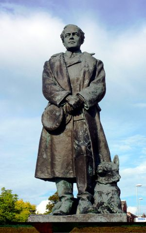 Scott Statue at Portsmouth