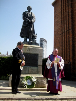 Nick Lambert and Father Andrew McFadden at the service of commemoration in Portsmouth Historic